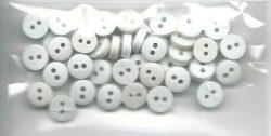 Hvide miniknapper