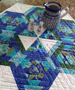 CLPDKR008 Hexagons in Paradise Table Topper mønster