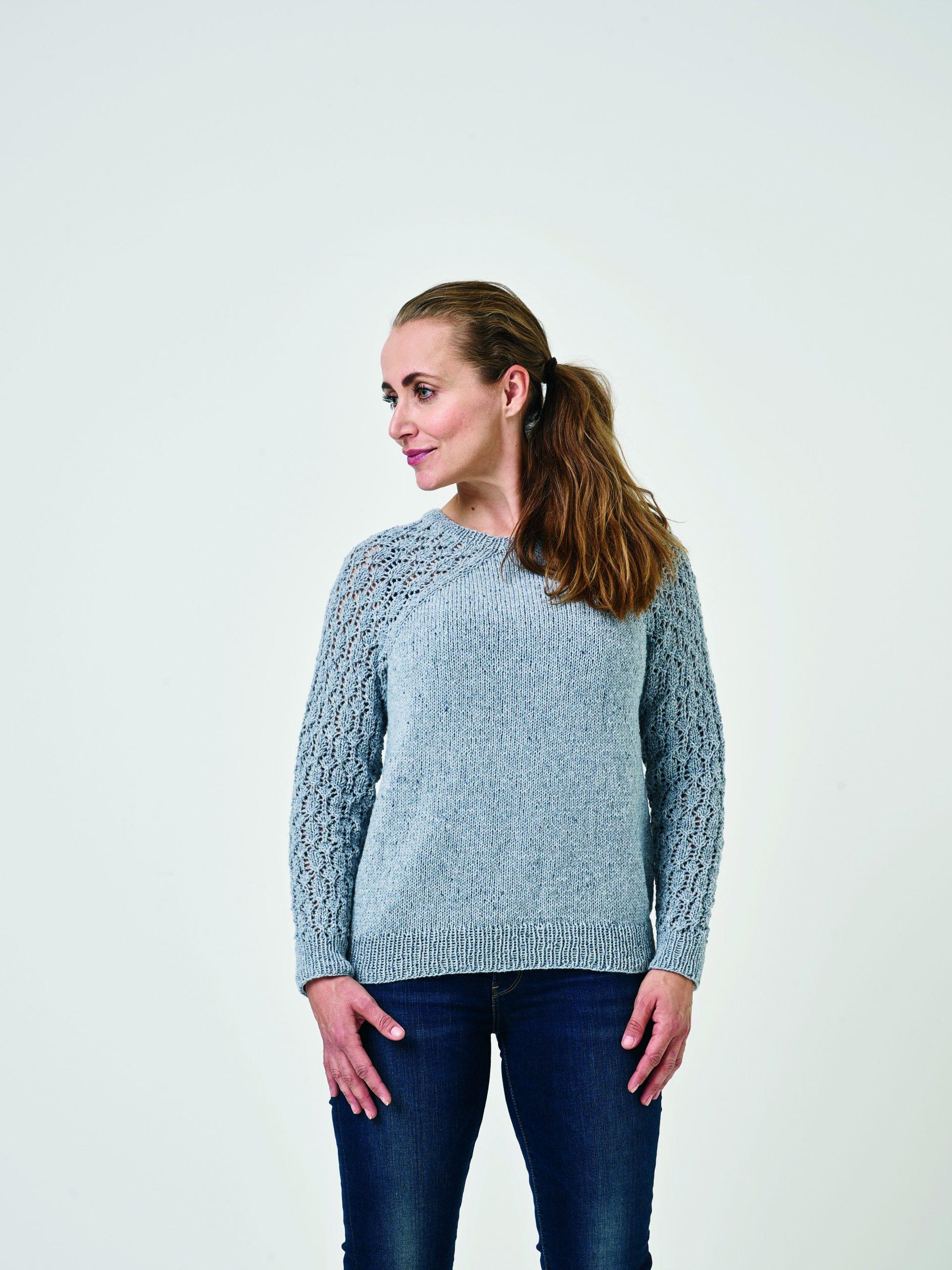 Sweater med mønstrede ærmer