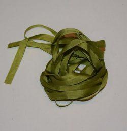 Silkebånd - Varm lys grøn 7 mm