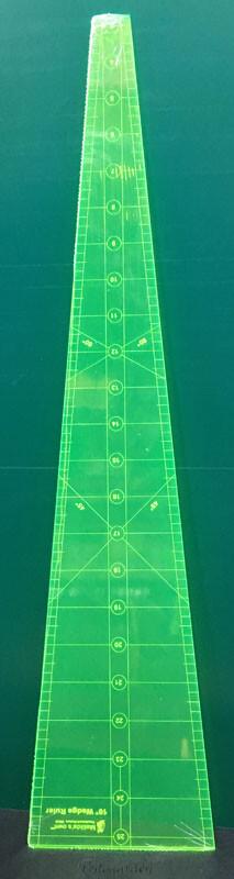 """10 grader lineal i neon i størrelse 22½"""""""