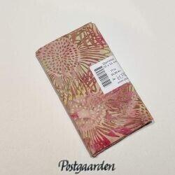 FQ6092 Råhvid med lyserøde blomster bali batik patchworkstof