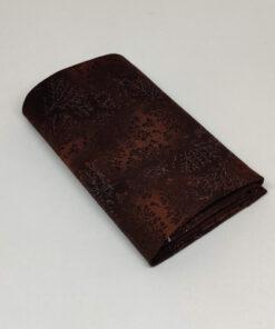 FQ7616 - Mørkbrun patchworkstof med grene