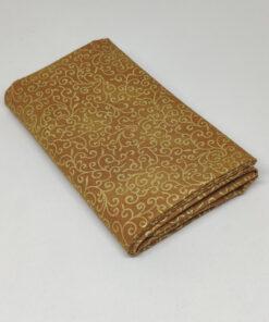 FQ7916 Gylden med guld snirkler JUL - patchworkstof